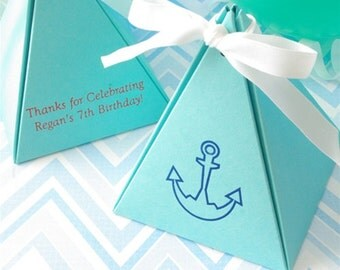 Favor Box - Pyramid Box - Personalized Favors - MANY COLORS - party favors, favor box, birthday favor
