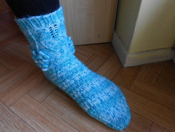 Knitting Pattern Sock Short Row Heel : Easy sock knitting pattern Blue woman socks by CuteCreationsByLea