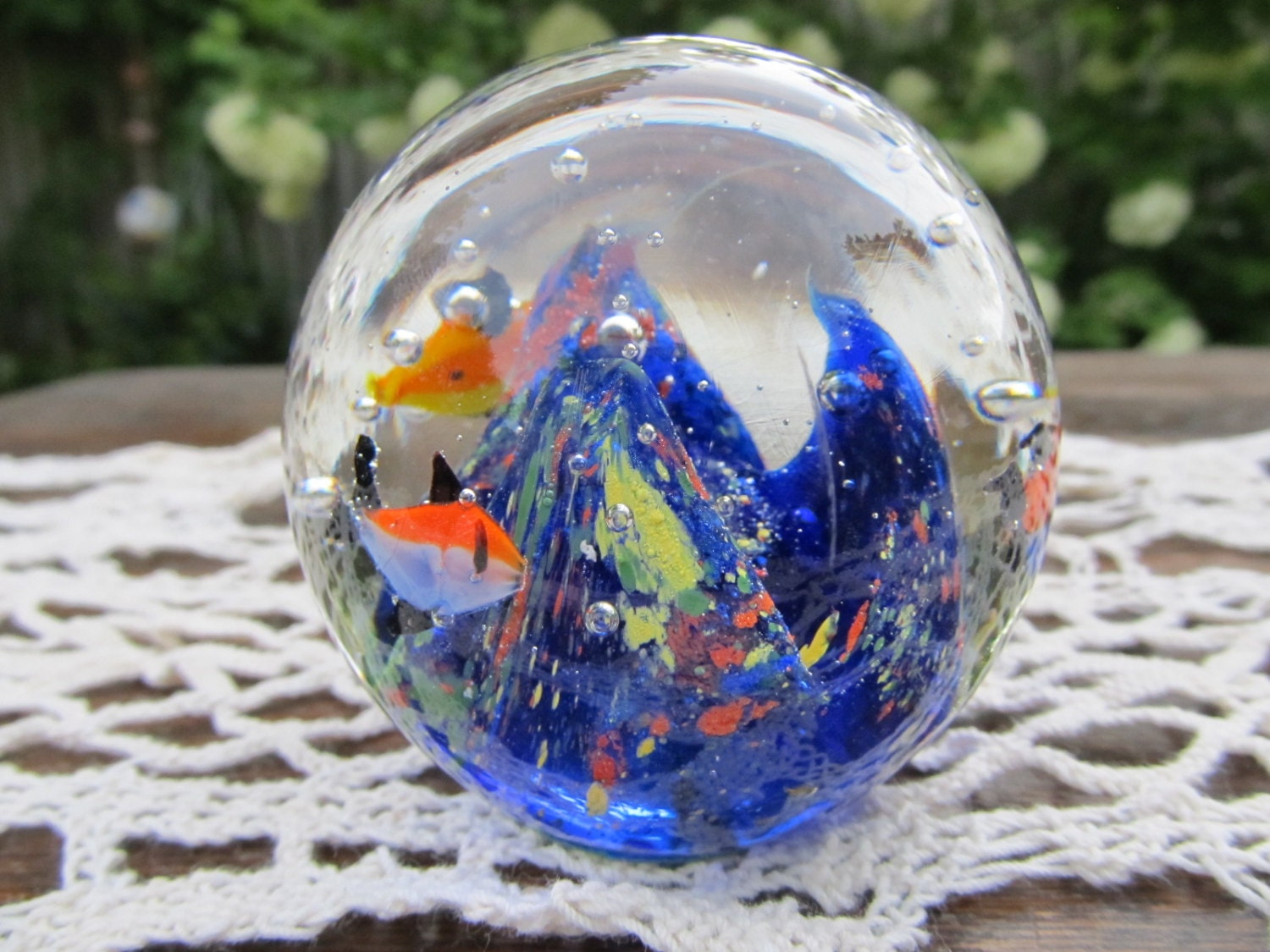 vintage murano glass aquarium fish paperweight. Black Bedroom Furniture Sets. Home Design Ideas