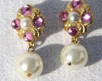 Vtg 80s Pearl Earrings with Pink Rhinestones