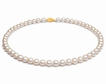 Akoya pearl necklace 6mm to 6.5mm, 18 inch with 18KT Gold Clasp