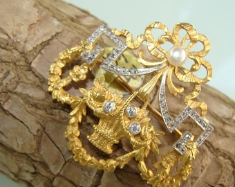 Gorgeous 1910 Decorative Bow and Leaf Design 14KT Yellow Gold Diamond & Seed Pearl Brooch Pin
