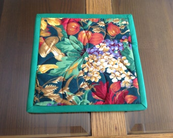 "8"" square reversible autumn hot pad"