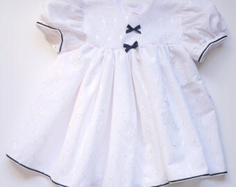 White Embroidered Anglais Dress / Panties / Headband.1 left in size 3-6mths.