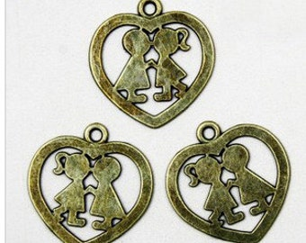 30 pcs  bronze  pendant love between boy and girl kiss love pendant 26x27mm