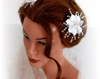 Bridal hairpin hair accessories 3 pieces blossom satin white beads wire 7313