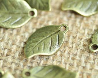25pcs Antique Bronze Filigree Tree Leaf Charms 19x11mm MM504