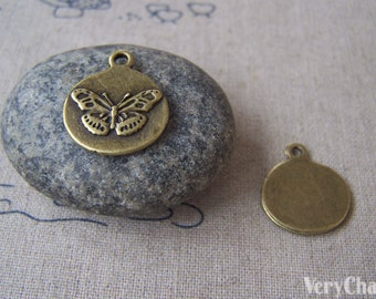 20 pcs of Antique Bronze Butterfly Round Pendant Charms 17x20mm A4544