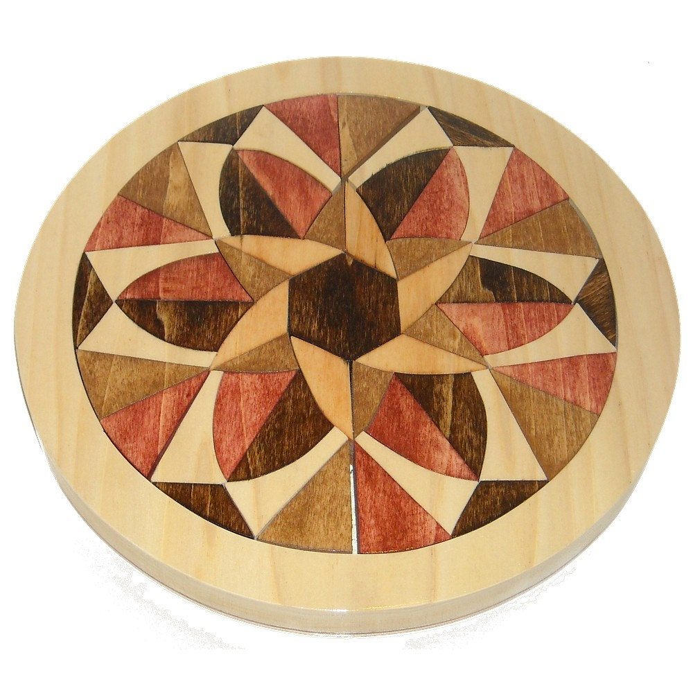 mosaik aus holz mandala tablett puzzle positiv negativ. Black Bedroom Furniture Sets. Home Design Ideas