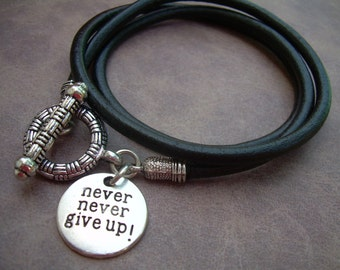 Leather  Bracelet, Triple Wrap,Toggle Clasp, Womens Bracelet, Mens Bracelet, Womens Jewelry, Mens Jewelry