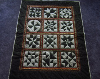 Green Thangles Lap Quilt