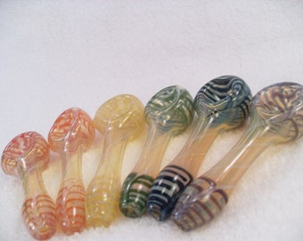Peanut Pipe - small glass color changing spoon pipe