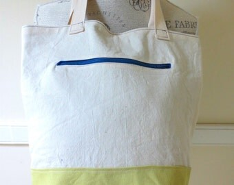 Color-blocked Canvas Tote in Chartreuse
