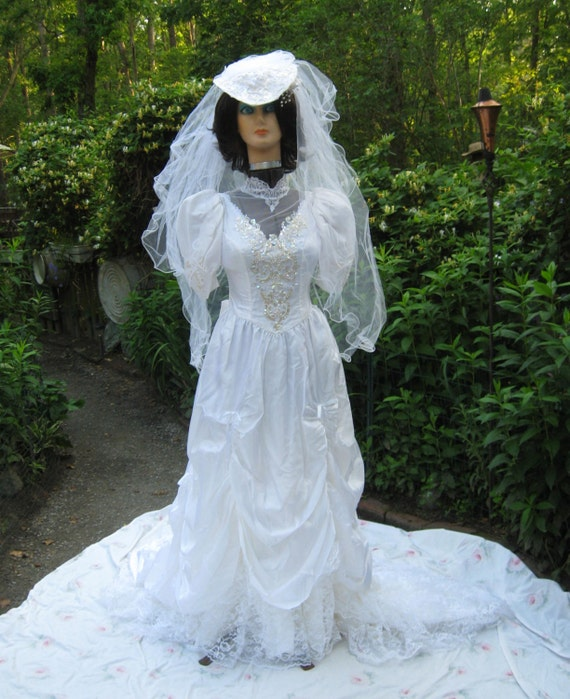 Wedding Gown Veil: Gorgeous Vintage Bridal Wedding Gown With Hat/Veil And Extras