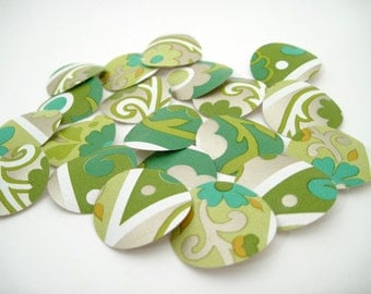 Paper Punches - Vintage Wallpaper - Groovy Flowers with Metallic Silver - Circle Punches - paper crafts - journaling