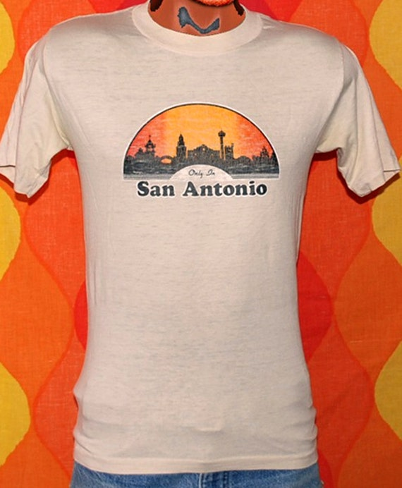 vintage 70s tee shirt only SAN ANTONIO texas t-shirt Medium skyline soft alamo 80s
