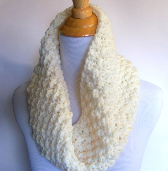 bulky knit seed stitch cowl scarf in cream - large warm and cozy ivory white textured woven look infinity circle scarflette neckwarmer