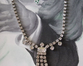 Stunning Vintage Rhinestone Necklace