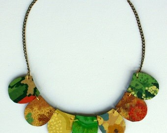Petal Seasons Lino Necklace