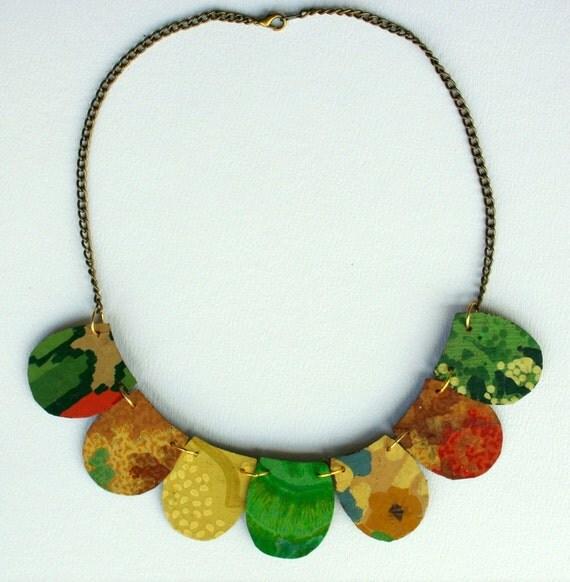 Petal Seasons Lino Necklace