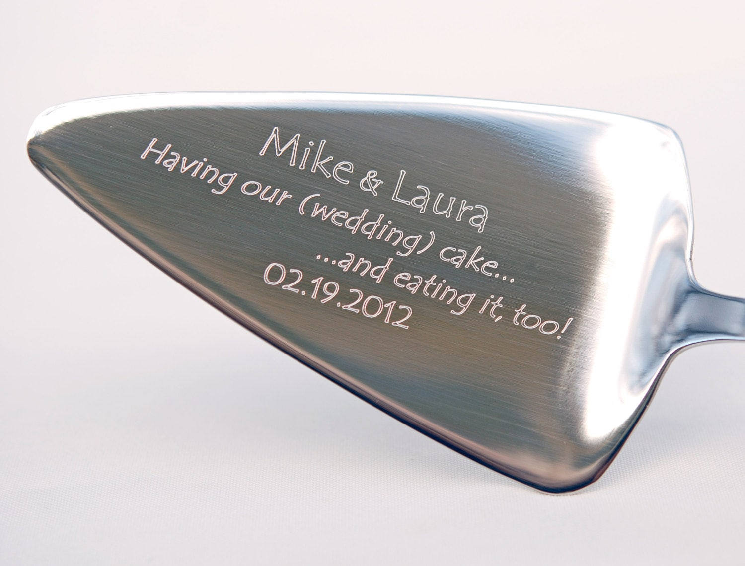 engraving ideas for wedding cake servers cake server plus engraving stainless steel personalized 14036