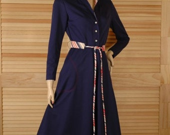 Vintage 1970s Red White and Blue Shirtwaist Dress Size S b36