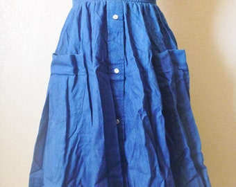vintage western denim skirt by malco modes, USA. maxi denim skirt. circle skirt. flare skirt. A line denim skirt. jean skirt.