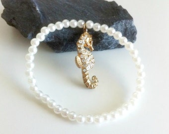 Seahorse and Pearls Summer Chic Bracelet