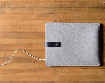 iPad Air Sleeve - Grey Wool Felt with Black Leather