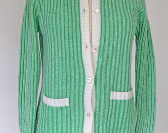 KEY LIME  // green ribbed 1960s cardigan S / M