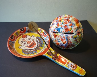 Tin Noise Maker - 1950s US Metal Toy Mfg Co. - Cheerful New Years Eve Noise Maker - gift for party lovers