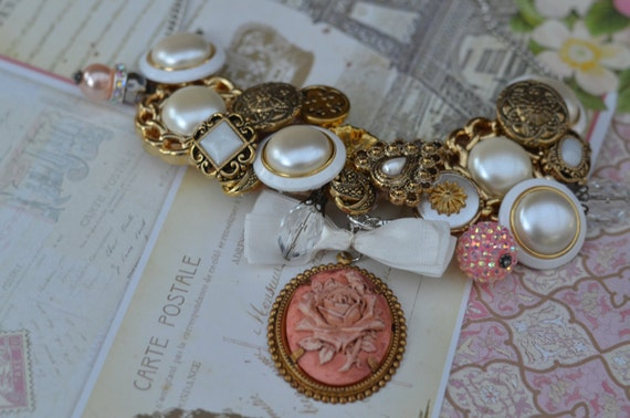 Vintage Pink and Gold Button  Pearl Necklace