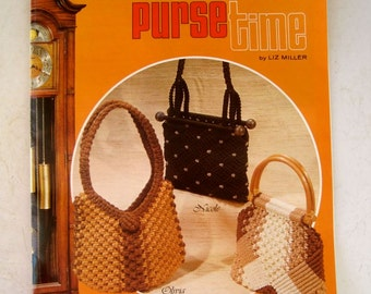 Purse Macrame Instruction Book - Knotted Purses Pocketbooks - Wooden Handle Purses