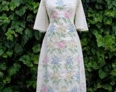 Vintage 60s / Floral / Embroidered / Kimono / Maxi / Dress / MEDIUM