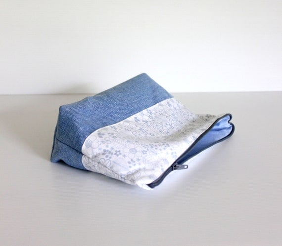 SALE - Recycled Jeans Floral Cosmetic Bag, Blue Cotton Make Up Pouch, Zippered Purse