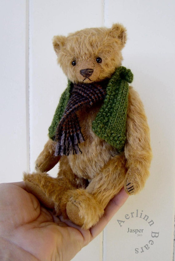 "Jasper Kit for 7"" Teddy Bear including knitted vest instructions  from Aerlinn Bears"