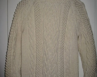 Vintage 1970's Irish Wool Classic Fisherman Sweater looks size Small item 0801