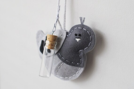 Tufted Carrier Pigeon - Grey Wool Felt Bird Ornament - Include a Personalized Message