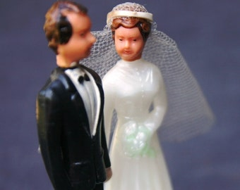 Here comes the Bride. Vintage wedding cake topper...