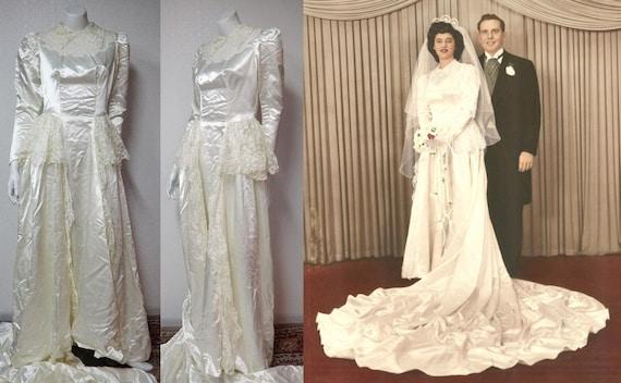 Items similar to 1940s vintage ivory slipper satin and for Slipper satin wedding dress