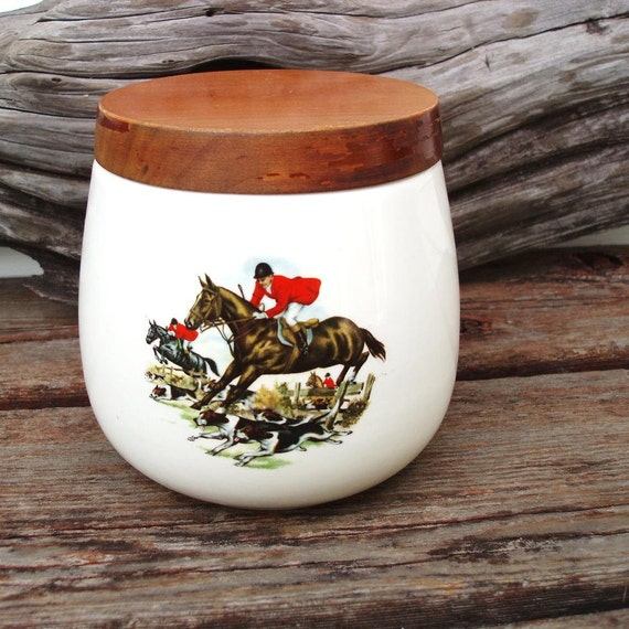 English Fox Hunting Porcelain Container Pottery Jar with Lid Tobacco Humidor Horses Dogs Red  Brown Black