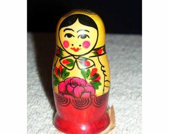 Vintage Petite U.S.S.R. 3 Russian Nesting Dolls Original Label