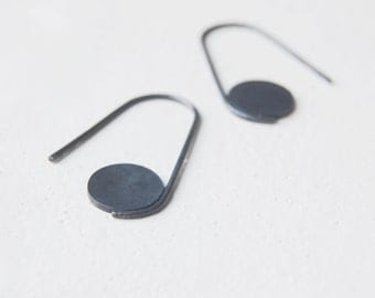 Oxidized hoop earrings // geometric earrings