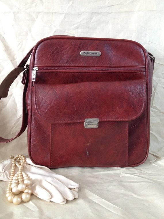 Vintage Carry On Luggage 37