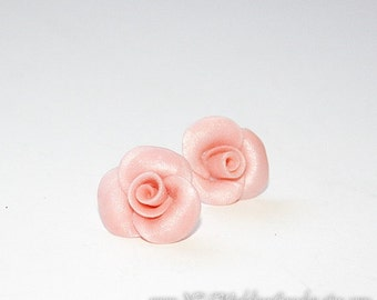 Bridal earrings - Pink pearl wedding stud earrings - pink rose studs - Polymer clay - Bridal jewelry