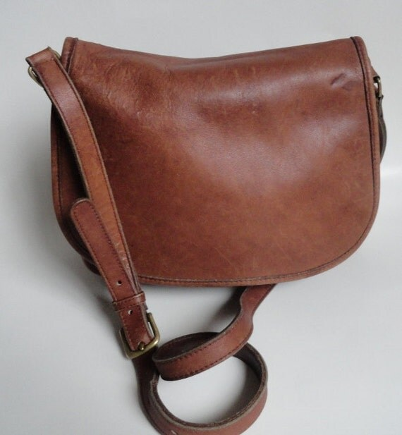 vintage coach tan leather saddle bag purse