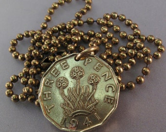 ENGLAND COIN necklace jewelry. 3p. chain english thrift pence flower. Scotland. Ireland . Wales. thrupenny bit  brass coin No.00674