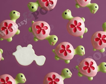 4 - Kawaii Green and Pink Turtle Cabochons, Tortoise Resin Flatback Cabochons, 20mm (R6-010)