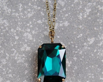 Emerald Green Necklace Swarovski Crystal Emerald Green Necklace Duchess Rectangle Large Crystal Necklace Mashugana