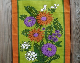 Popular items for vintage linen towel on Etsy